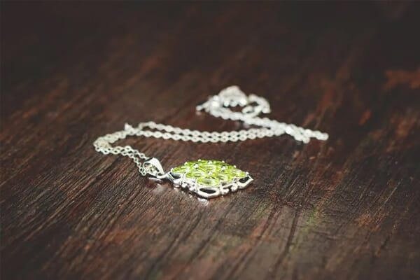 jewelry photography consistent lighting