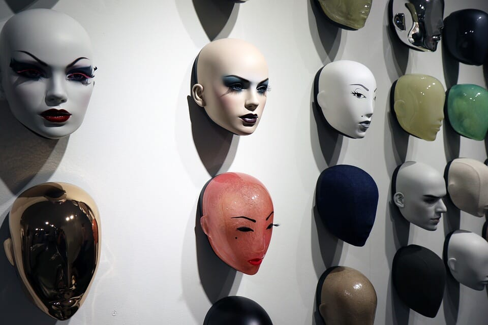 mannequins are creepy