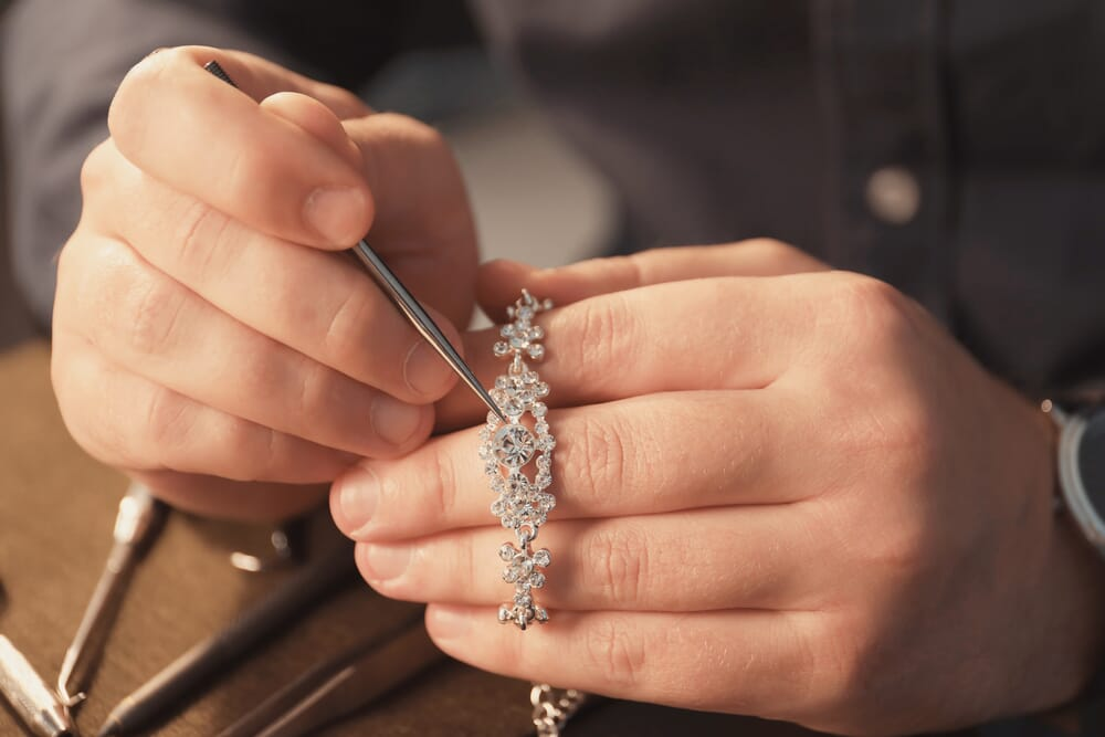 jewelry repair services for your jewelry store