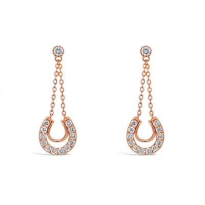 white background jewelry images 3