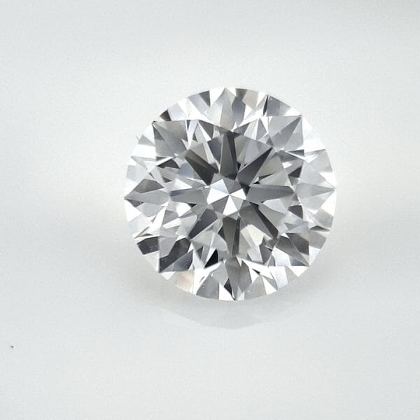 How to photograph diamonds using the GemLightbox