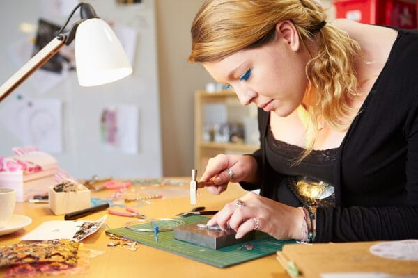 Tips on how to start a jewelry business